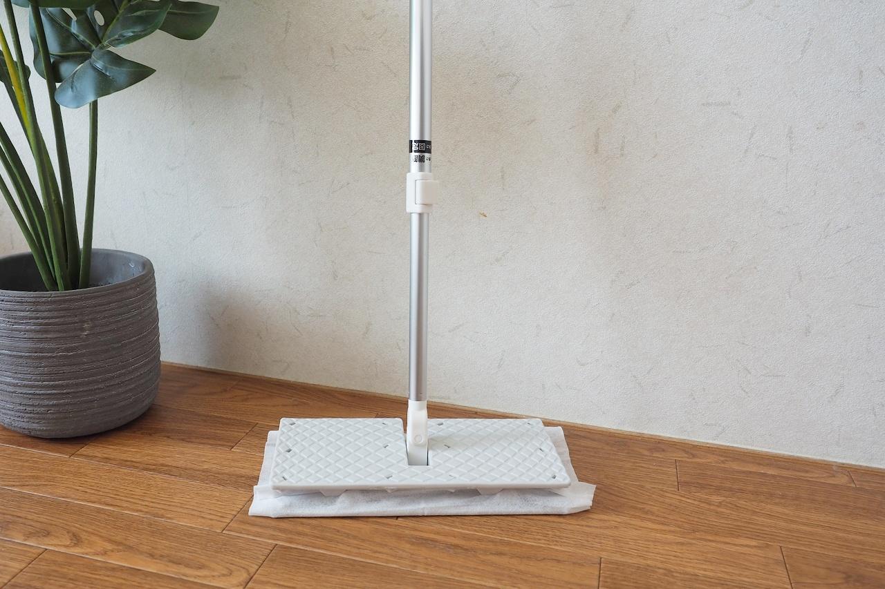 落としにくいフローリング床の汚れはどう落とすの?正しいお掃除方法をご紹介
