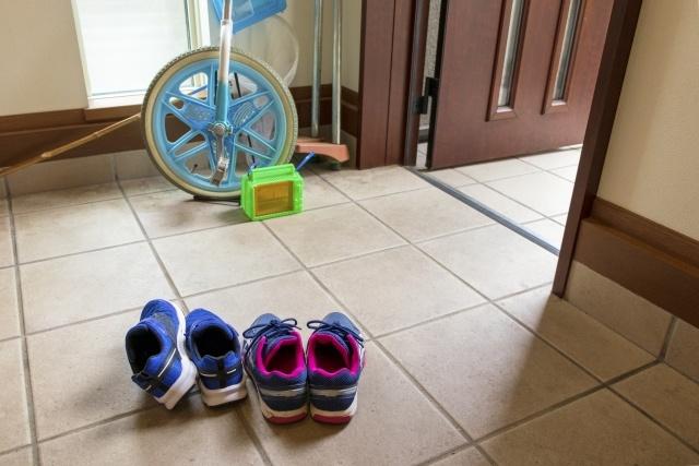 玄関タイルはこまめなお掃除が必須!お掃除方法をご紹介!