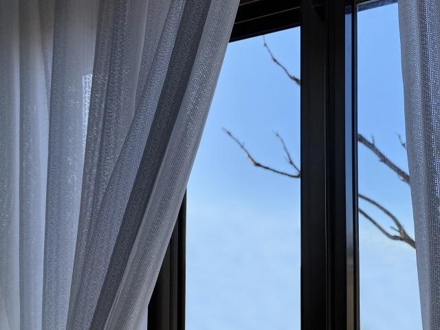 窓のお掃除〜便利なお掃除アイテムからキレイな窓を維持するコツまでご紹介