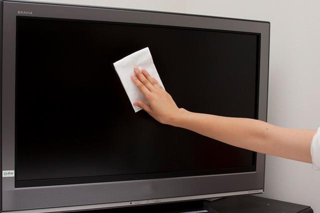 『激落ちシート液晶テレビ用15枚』で気になる手アカ汚れを落としてみよう!